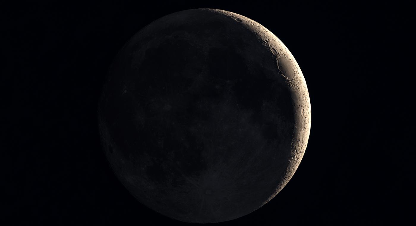 Earthshine simulation on the moon